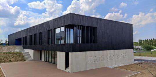 Bâtiment Carlier Bois dans le parc Ecolys à Suarlée : clap de fin !